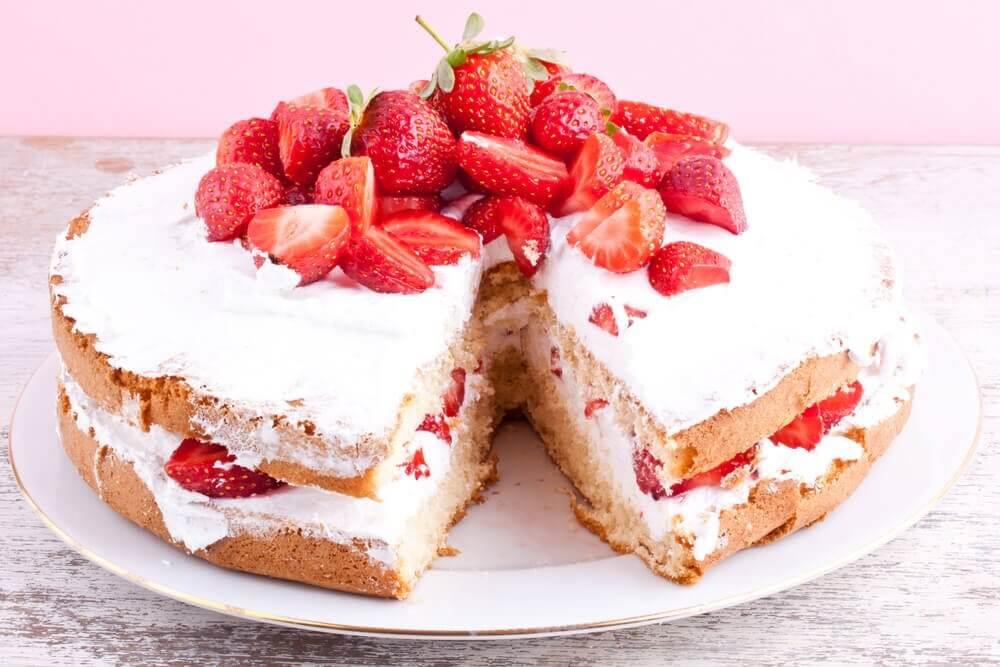 recette du gâteau glacé aux fraises