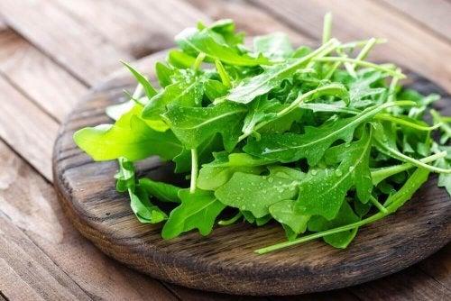 5 aliments sains et hypocaloriques à intégrer dans notre régime