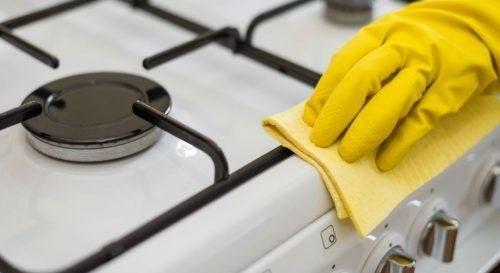 nettoyer une cuisinière