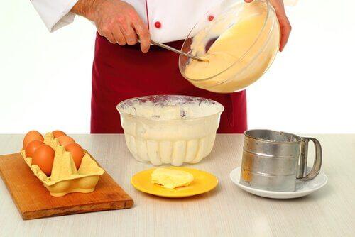 la préparation de la crème pâtissière pour le millefeuille