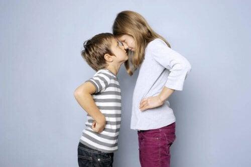 affrontements entre frères et soeurs : comment aider nos enfants à résoudre leurs conflits ?
