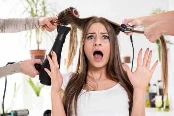 Vous avez les cheveux secs ? Découvrez nos 7 traitements efficaces