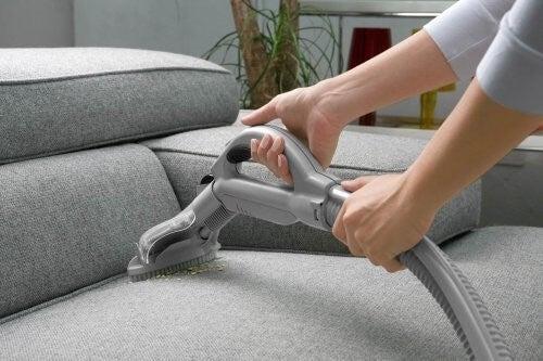 purifier l'air de votre maison avec votre aspirateur