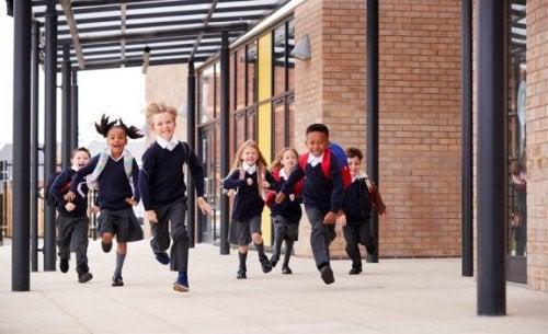 Comment choisir la meilleure école pour votre enfant