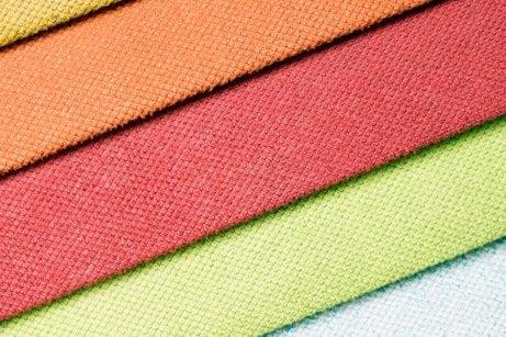 choix de la couleur de la tenue pour un mariage