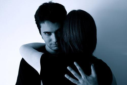 manipulateur dans un couple