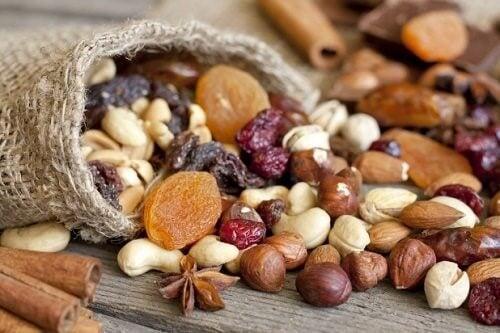 fruits secs et régime méditerranéen