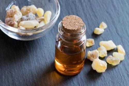huile essentielle d'encens