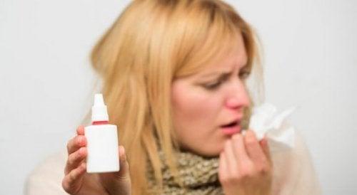 Prise de médicaments par le nez : une voie d'administration efficace