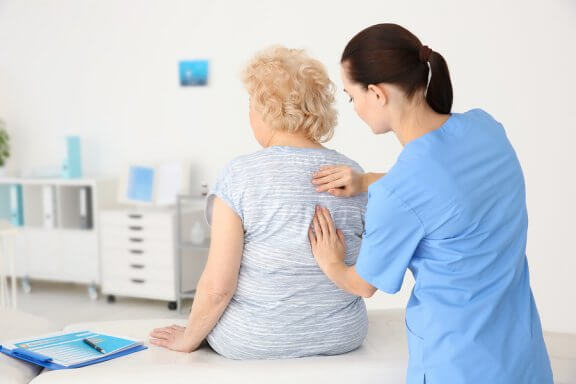 Conseils nutritionnels pour les patients à risque d'ostéoporose