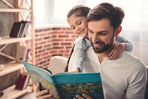 6 choses que chaque père fait quand il garde ses enfants