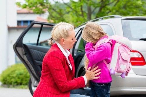 Phobie scolaire : 8 astuces qui aideront votre enfant à la surmonter