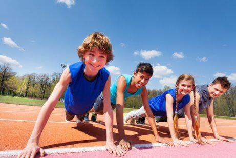Eviter la saturation des enfants en leur permettant de s'amuser