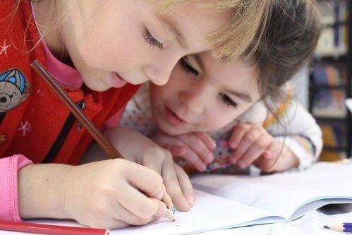 le dessin stimule la créativité des enfants