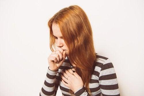 le romarin est efficace pour lutter contre la toux sèche