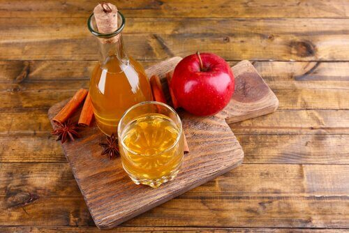 Le vinaigre de pomme pour votre intérieur.