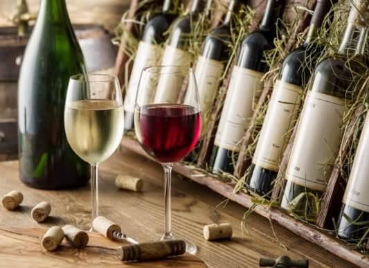 5 idées parfaites pour une cave à alcool