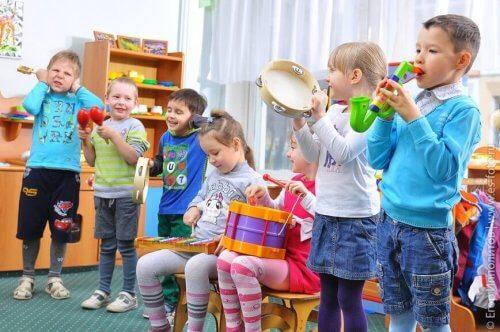 la musicothérapie pour les enfants autistes