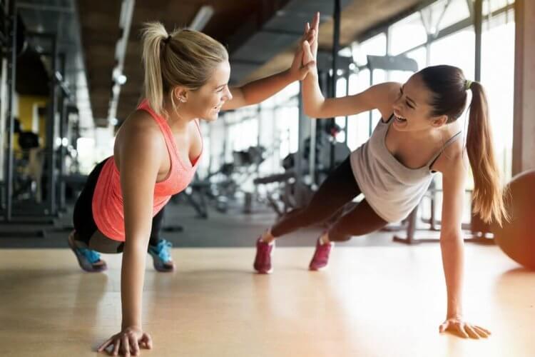 alternez les groupes musculaires pour un meilleur rendement en salle de sport