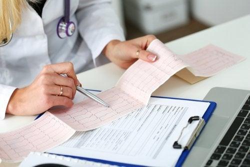 Les 7 étapes pour interpréter un électrocardiogramme