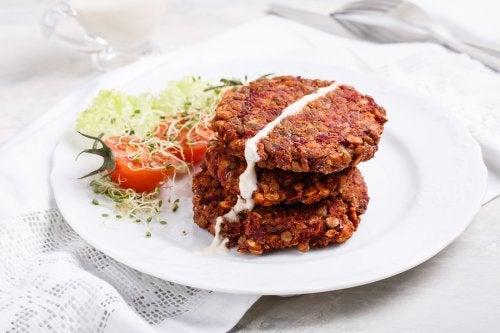 hamburger végétarien aux lentilles rouges