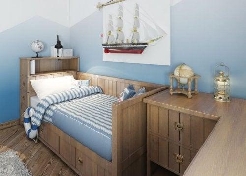 utiliser les espaces libres dans une petite chambre