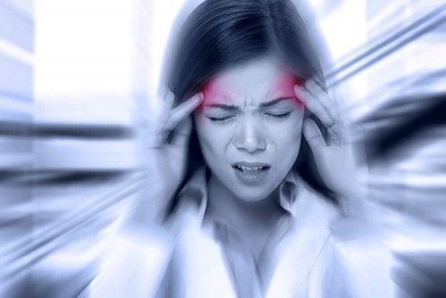 Vous avez la migraine ? Découvrez 5 remèdes à base de plantes pour le soulager