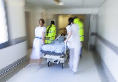 L'intubation en séquence rapide est une opération d'urgence