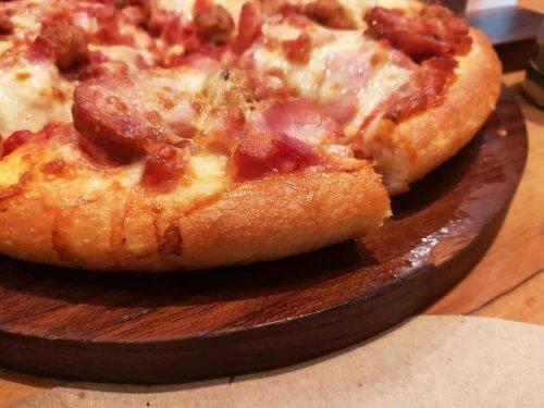 Recettes variées de pizza à la linguiça