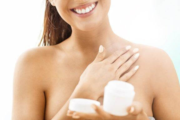 6 astuces pour raffermir naturellement la peau