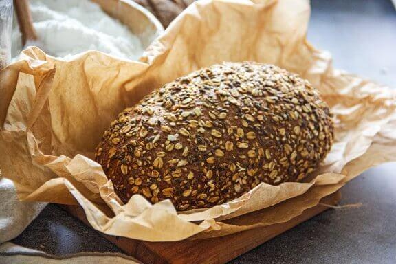 2 recettes pour préparer du pain à faible teneur en glucides