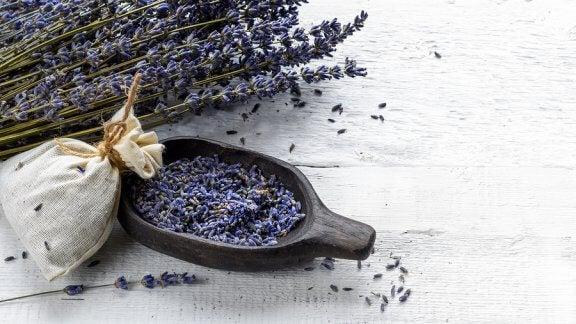 4 sachets désodorisants pour améliorer l'odeur des armoires