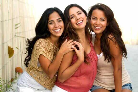 Le bonheur d'être femme, mère, fille et épouse