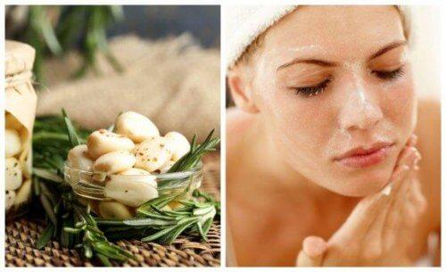 5 remèdes à l'ail pour traiter les problèmes d'acné