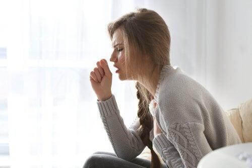 Céphalées primaires et secondaires dues à la toux