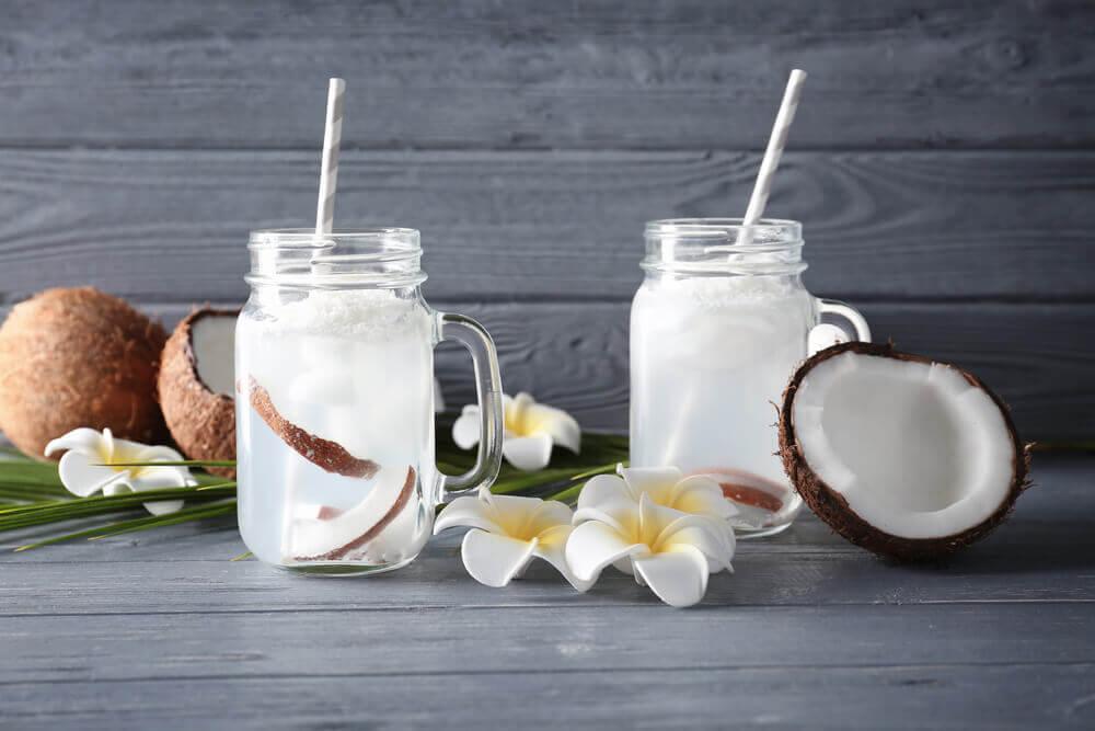 sérum physiologique et eau de coco