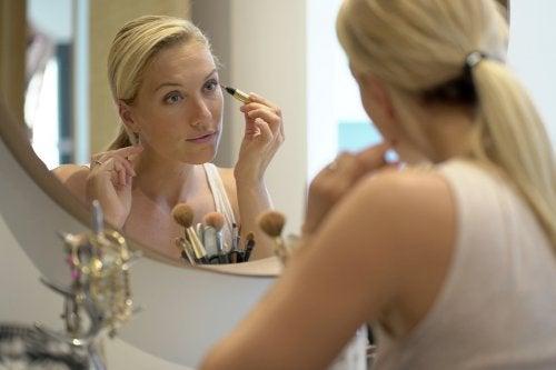 Soins pour garder sa peau jeune à 40 ans