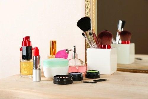 parabènes : substances toxiques dans les cosmétiques