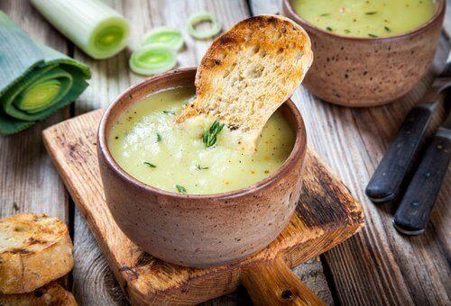 Recette de soupe espagnole, un plat simple mais savoureux