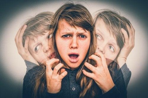 les symptômes du trouble schizophréniforme