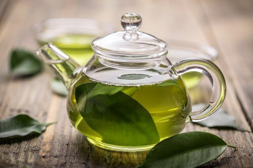 thé vert au miel de manuka pour lutter contre la gastrite