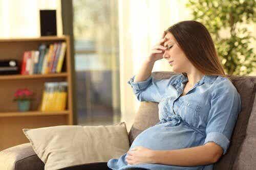 """Qu'est-ce que la """"momnésie"""" ou l'amnésie des mères ?"""
