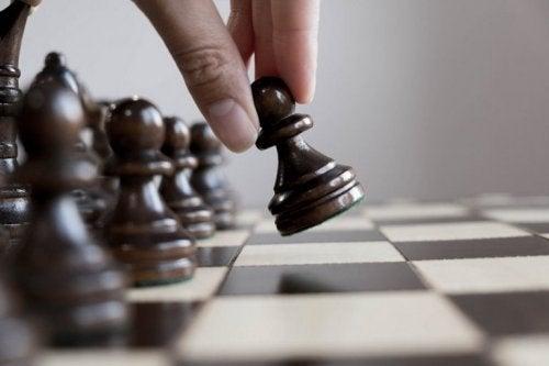 les échecs font partie des activités extrascolaires