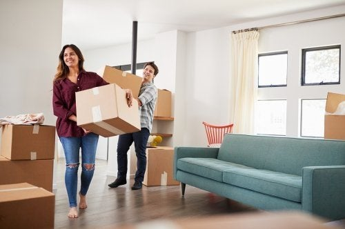 Comment surmonter le stress d'un déménagement en couple ?