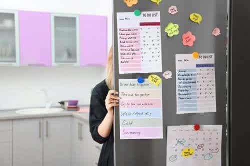 Installez un panneau d'organisation dans votre cuisine