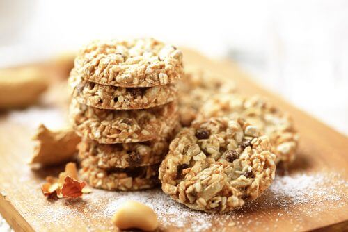 pile de biscuits à l'avoine et au yaourt