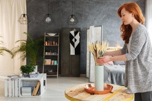 5 idées pour décorer votre salon avec des matériaux recyclés