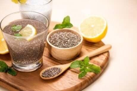 les graines de chia sont une source végétale d'acides gras oméga-3