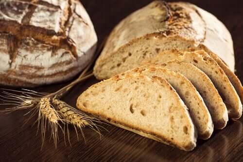 Le pain complet contient des glucides sains