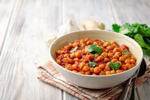 ¿Cómo preparar deliciosos garbanzos al curry?